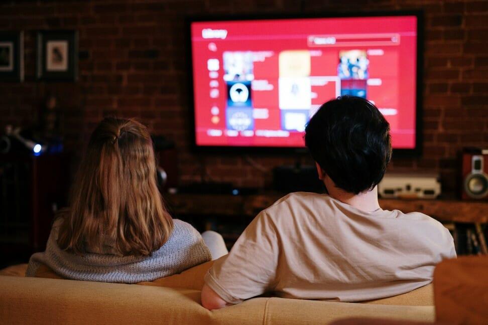 28 Inch 1080p Smart TV